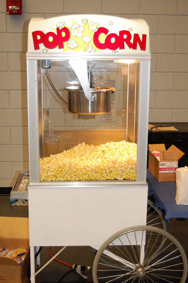 popcorn machine full view