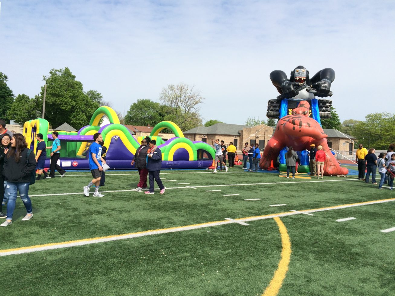 Kongo Krazy and Duo run obstacle course at an event
