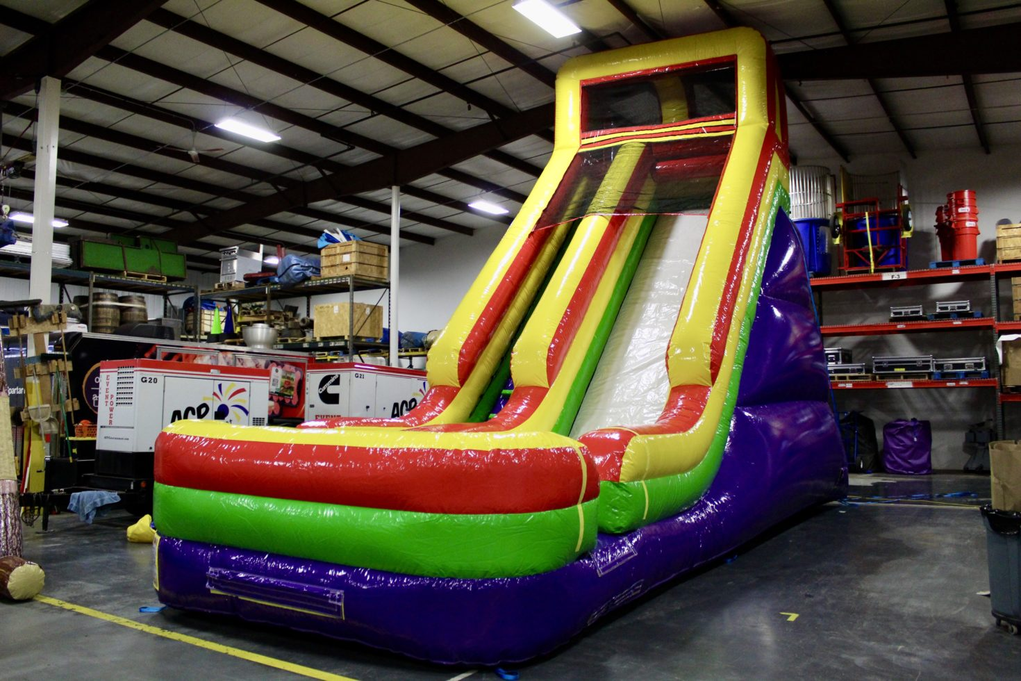 Side angle 24' inflatable commander slide