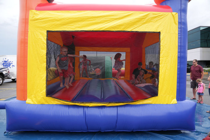 kids-jumping-castle-bouncer-inflatable