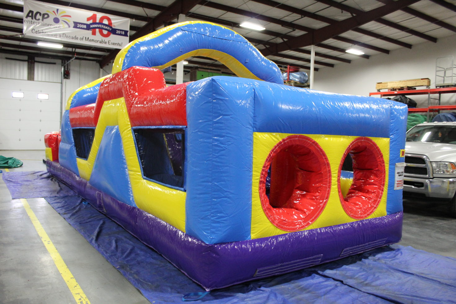 Side view of 33' Obstacle Course